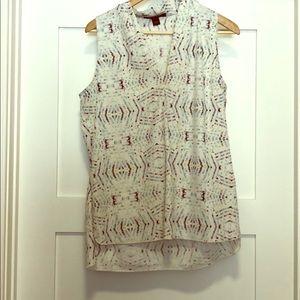 Nine West size Medium sleeveless blouse.